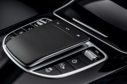 2019 Mercedes-Benz GLC 220d 4Matic - UK version 85