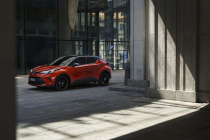 2020 Toyota C-HR 6