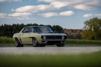 2019 Chevrolet Camaro Valkyrja by RingBrothers ( based on 1969 Chevrolet Camaro ) 39