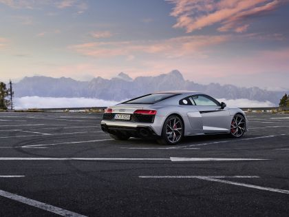 2020 Audi R8 V10 RWD coupé 13