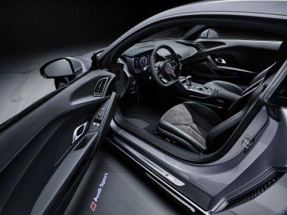 2020 Audi R8 V10 RWD coupé 30