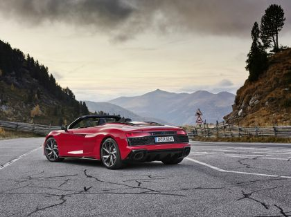 2020 Audi R8 V10 RWD spyder 12