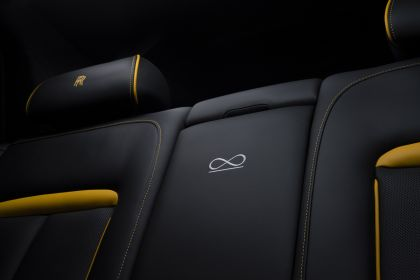 2019 Rolls-Royce Cullinan Black badge 16