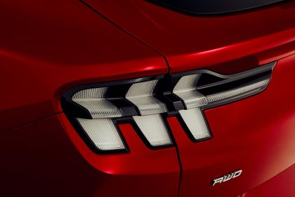 2021 Ford Mustang Mach-E 8