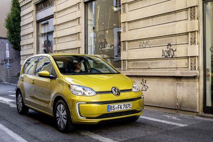 2020 Volkswagen e-Up 29