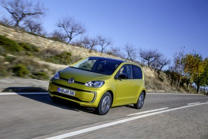 2020 Volkswagen e-Up 31