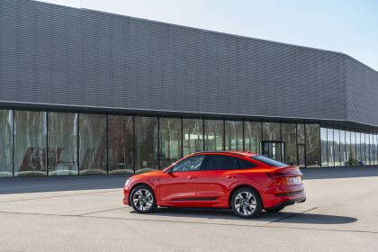 2020 Audi e-Tron Sportback 218