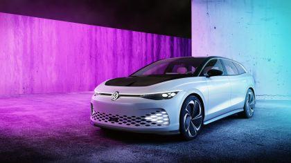 2019 Volkswagen ID. Space Vizzion concept 2