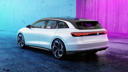 2019 Volkswagen ID. Space Vizzion concept 3
