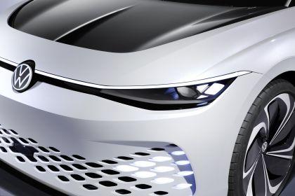 2019 Volkswagen ID. Space Vizzion concept 10