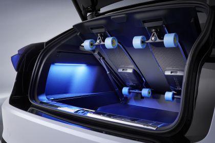 2019 Volkswagen ID. Space Vizzion concept 14