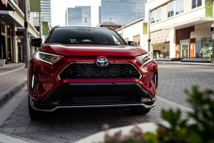 2021 Toyota RAV4 Prime XSE 34