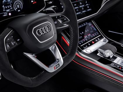 2020 Audi RS Q8 13