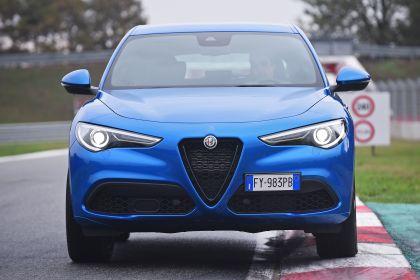 2020 Alfa Romeo Stelvio 32