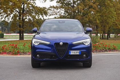 2020 Alfa Romeo Stelvio 84