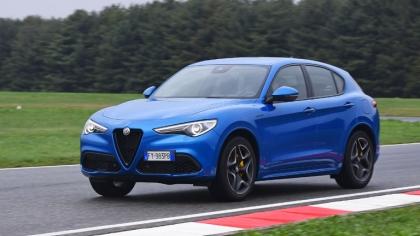 2020 Alfa Romeo Stelvio 1