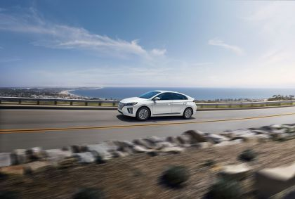 2020 Hyundai Ionic Electric - USA version 3
