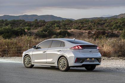 2020 Hyundai Ionic Electric - USA version 6