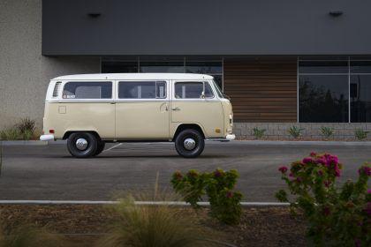 2019 Volkswagen Type 2 Bus Electrified concept 2