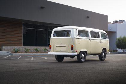 2019 Volkswagen Type 2 Bus Electrified concept 3