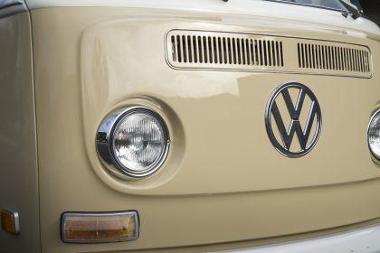 2019 Volkswagen Type 2 Bus Electrified concept 8