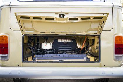 2019 Volkswagen Type 2 Bus Electrified concept 17