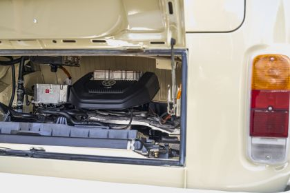 2019 Volkswagen Type 2 Bus Electrified concept 18