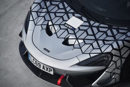 2020 McLaren 620R 7