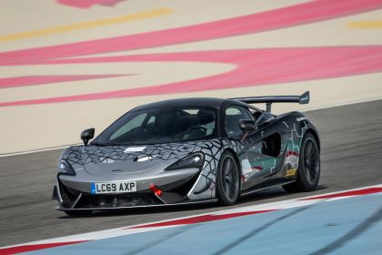2020 McLaren 620R 11