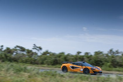 2020 McLaren 620R 18