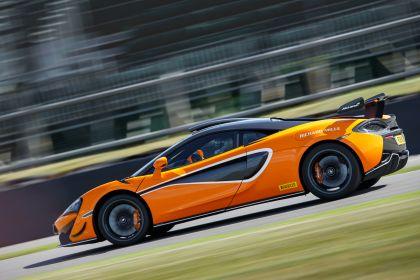 2020 McLaren 620R 28