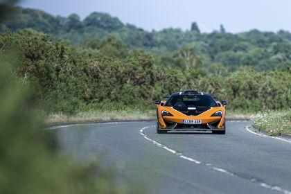 2020 McLaren 620R 32