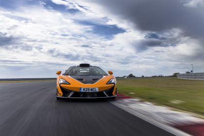2020 McLaren 620R 34