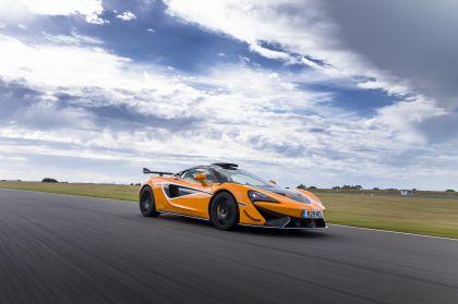 2020 McLaren 620R 35