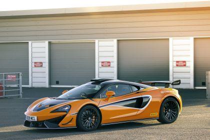 2020 McLaren 620R 42