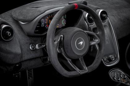 2020 McLaren 620R 58