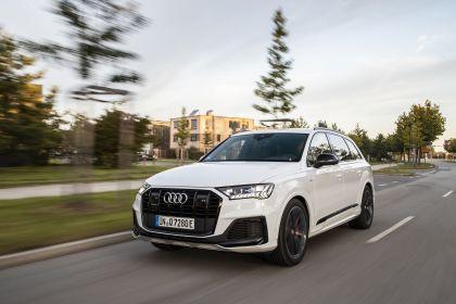 2020 Audi Q7 TFSI e quattro 9