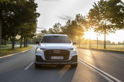 2020 Audi Q7 TFSI e quattro 12