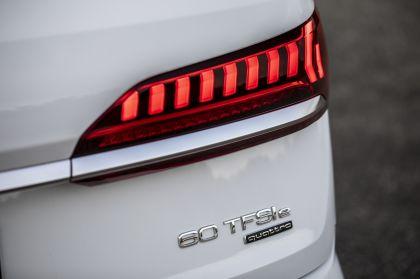 2020 Audi Q7 TFSI e quattro 30