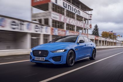 2020 Jaguar XE Reims Edition 19