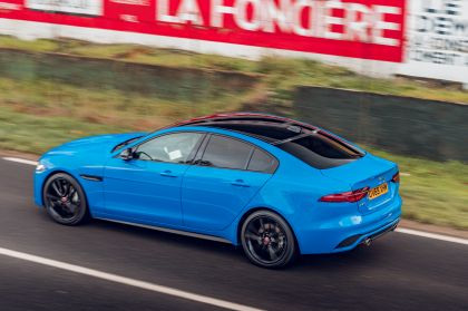 2020 Jaguar XE Reims Edition 26