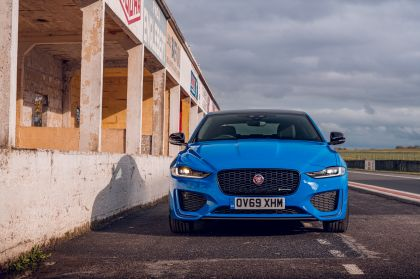 2020 Jaguar XE Reims Edition 43