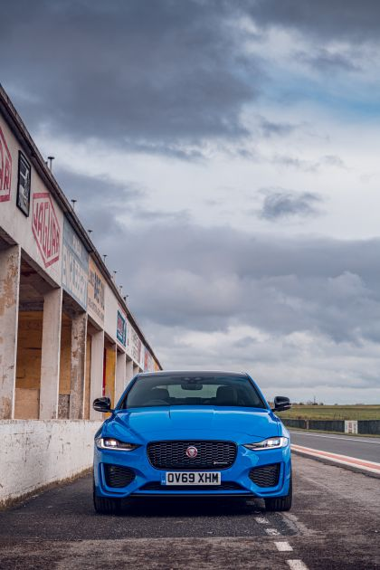 2020 Jaguar XE Reims Edition 46