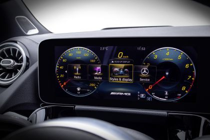 2020 Mercedes-AMG GLA 35 4Matic 31
