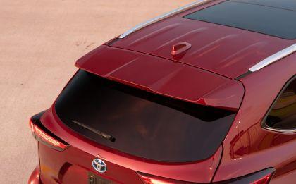 2020 Toyota Highlander Platinum Hybrid AWD 10