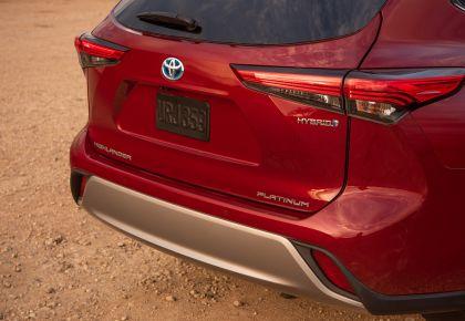 2020 Toyota Highlander Platinum Hybrid AWD 11