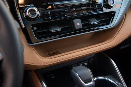 2020 Toyota Highlander Platinum Hybrid AWD 25