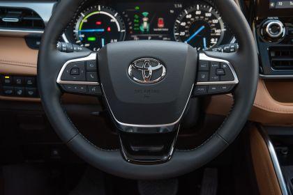 2020 Toyota Highlander Platinum Hybrid AWD 27