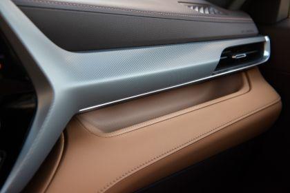 2020 Toyota Highlander Platinum Hybrid AWD 31