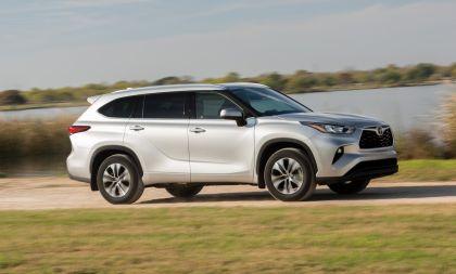 2020 Toyota Highlander XLE FWD 6